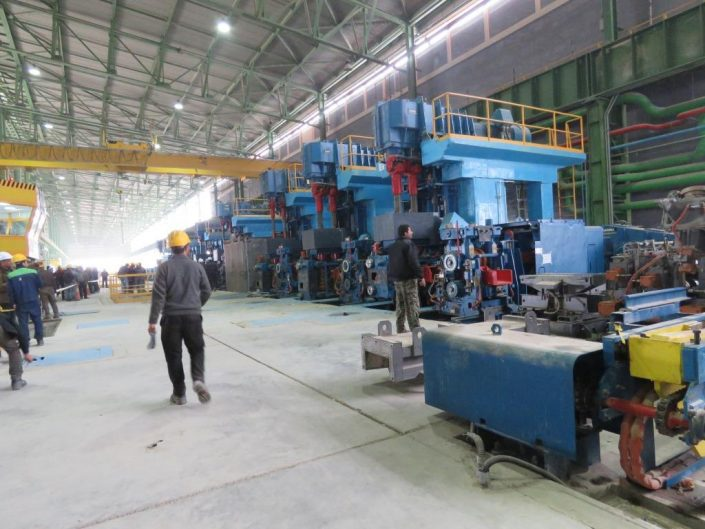 کارکنان خط تولید روهینا جنوب